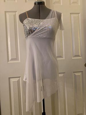 White dance costume for Sale in Phoenix, AZ