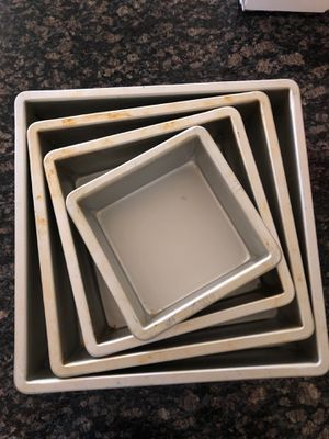 Fat daddio's 4 square cake pan set for Sale in Windermere, FL