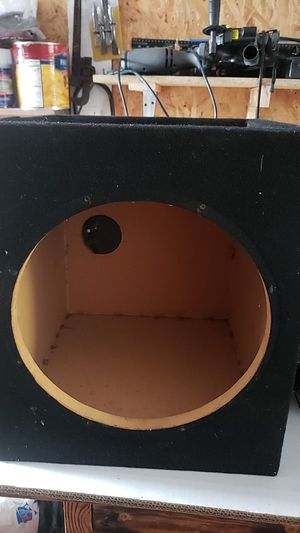 Subwoofer box for Sale in Long Beach, CA