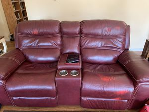 Recliner couch and recliner loveseat for Sale in Graham, WA