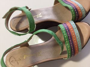 Passarela Brazil size 7 leather wedges, made in Brazil. for Sale in Austin, TX