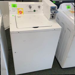 WHIRLPOOL CAE2745FQ0 COIN OPERATED WASHER 7DD for Sale in Los Angeles,  CA