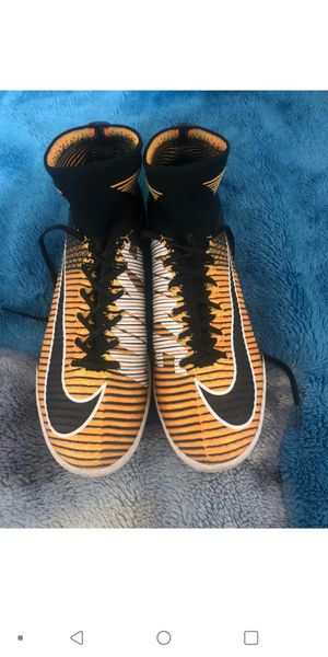 Nike Mercurial Proximo for Sale in Bell Gardens, CA