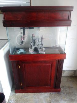 30 gallon Aquarium and stand for Sale in Lawrence,  IN
