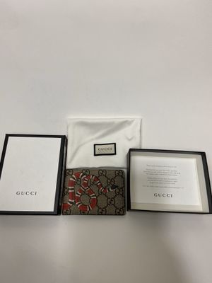 Gucci wallet snake for Sale in Dallas, TX