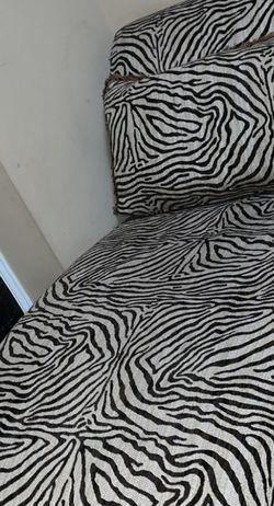 Beautiful Zebra 🦓 Sofa for Sale in Gainesville,  VA