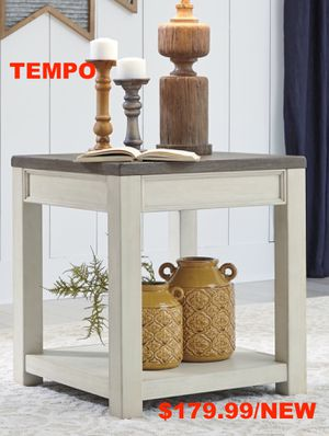 Dolanburg End Table, Brown/ White for Sale in Fountain Valley, CA