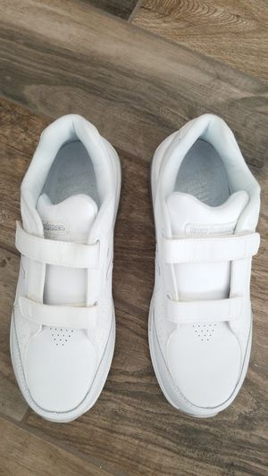 new balance all leather shoe for Sale in Jurupa Valley, CA