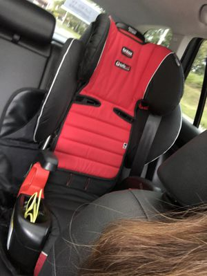 BRITAX CLICK TIGHT BOOSTER for Sale in Federal Way, WA