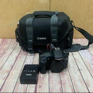 Canon EOS 70D 20.2MP Digital SLR Camera - Black for Sale in Los Angeles, CA