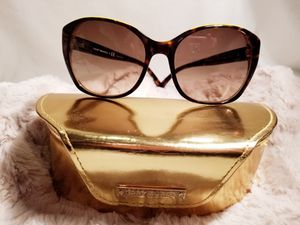 Women's tory burch sunglass for Sale in Martinsburg, WV