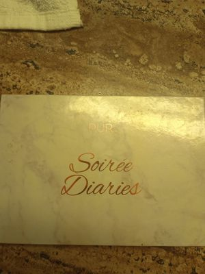 Pur beauty soiree diaries for Sale in Marysville, WA