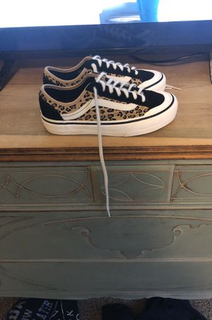 Limited edition Suede Marshmallow women's vans for Sale in Mount Wolf, PA