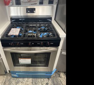 Frigidaire stainless steel 5 Burner gas stove #925 for Sale in South Farmingdale, NY