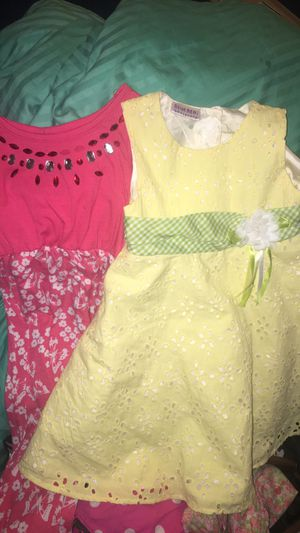 Girls shoes & clothing sizes 2t-4t for Sale in Jacksonville, FL