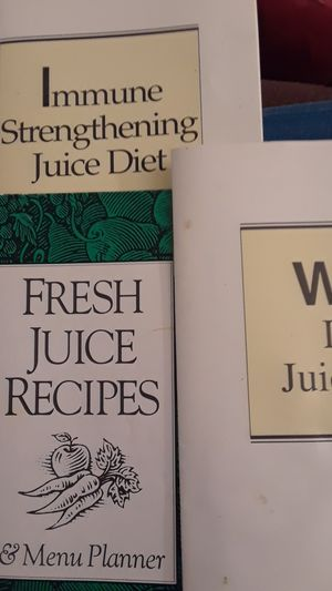 Juicing Recipes and Guides, 3 ct. for Sale in Lake Worth, FL