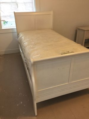 Twin bed includes mattress and box spring for Sale in Stockton, CA
