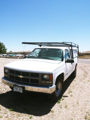 1999 chevy 3/4 ton utility truck for Sale in Loveland, CO