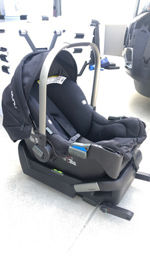 Black Nuna infant car seat and base for Sale in Manhattan Beach, CA