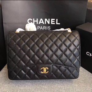 Chanel Jumbo double flap bag for Sale in Arlington, TX