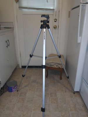 3 camera tripods for Sale in Tacoma, WA