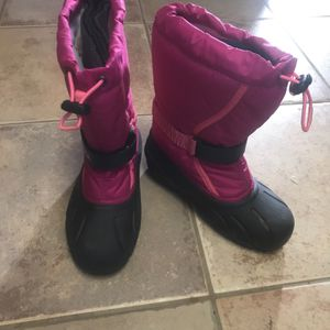 Kids Girl Snow Boots for Sale in Willow Grove, PA