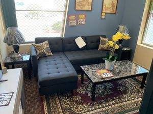 Sectional with two lamps and 3 pc coffee table for Sale in Las Vegas, NV