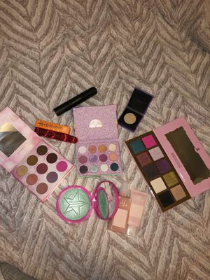 Makeup bundle for Sale in Goodyear, AZ