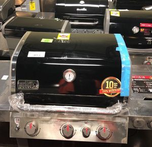 Weber Propaine Grill 62016001 Genesis 2 51W for Sale in Moreno Valley, CA