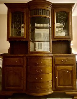 China Cabinet Hutch for Sale in Lynnwood, WA