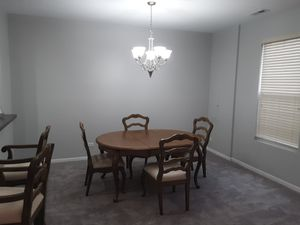 Dining room table set for Sale in Chicago, IL