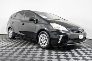 2014 Toyota Prius v for Sale in Lynnwood, WA