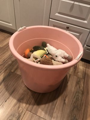 Dog Toys (15 pieces + Pink Bucket!) for Sale in San Diego, CA