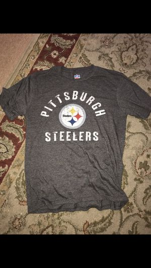 MENS MEDIUM PITTSBURGH STEELERS T SHIRT for Sale in Huntington Beach, CA