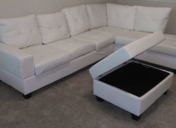 White Leather Sectional with Storage Ottoman for Sale in Atlanta,  GA