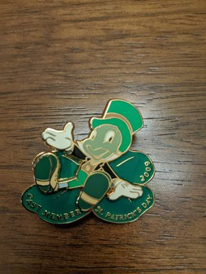 Disney cast member Saint Patrick's day 2009 pin with Jiminy cricket limited edition of 1500 for Sale in Glendale, AZ