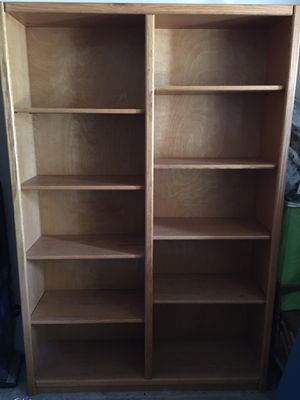 Oak bookcase for Sale in Laguna Hills, CA