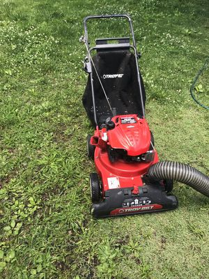 Troy Built Chipper And Leaf Vac for Sale in Iberia, MO