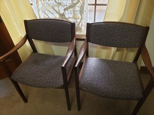 2 office chairs for Sale in Renton, WA