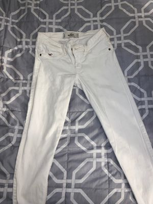 Hollister Jeans for Sale in Chula Vista, CA