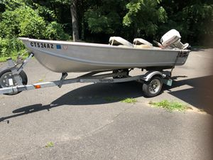 12ft aluminum boat excellent condition for Sale in Monroe, CT