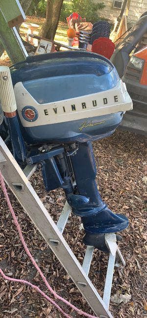 Evenrude 20 hp outboard motor 250.00 for Sale in North Olmsted, OH
