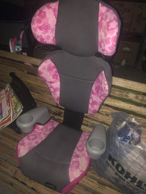 Girls car seat for Sale in Stroudsburg, PA