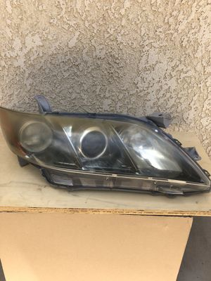 Headlight 09' Camry se for Sale in Fresno, CA