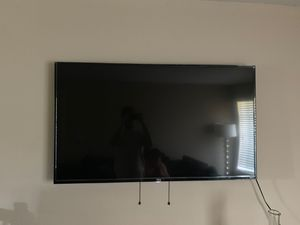 """Tcl 50"""" Roku tv for Sale in Hillsboro, OR"""