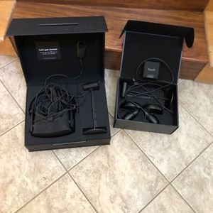 Oculus Rift (read Listing ) for Sale in Tracy, CA