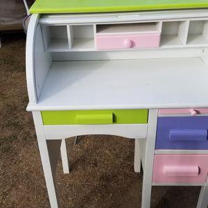 Kids Desk for Sale in La Puente, CA