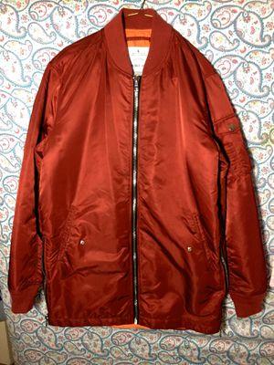 Size: L for Sale in Alexandria, VA