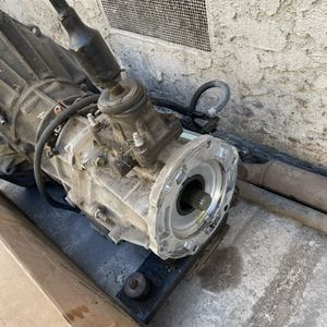 Jeep Yj 5 Speed Transmission for Sale in Paramount, CA