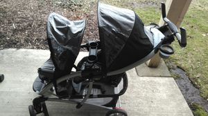 DOUBLE STROLLER for Sale in Bloomingdale, IL